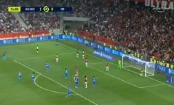 فیلم   درگیری شدید هواداران نیس و بازیکن مارسی در لیگ فرانسه که منجر به لغو بازی شد