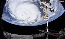 فیلم/ طوفان آیدا از پنجره ایستگاه فضایی و فراز ابرها