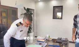 فیلم | آشتیکنان رشید مظاهری و سعید عزیزیان در دفتر پلیس تهران
