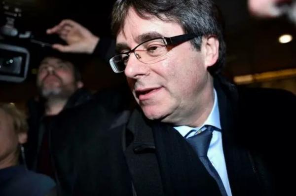 کارلِس پوجدمون,رهبر استقلالطلبان کاتالونیا