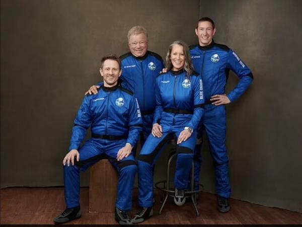 کپسول بلواوریجین,سفر فضانوردان با کپسول بلواوریجین