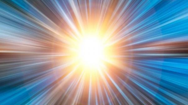 دلیل حرکت سریعتر نور از صوت,نور