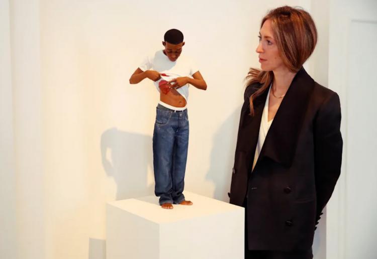 تصاویر نمایشگاه پیکرههای رئالیستی رون موک,عکس های نمایشگاه رون موک,تصاویری از نمایشگاه رون موک