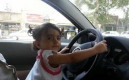 در آغوش گرفتن کودکان حین رانندگی,تخلفات رانندگی