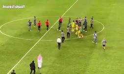 فیلم | درگیری شدید بین بازیکنان الهلال و النصر در لیگ قهرمان آسیا