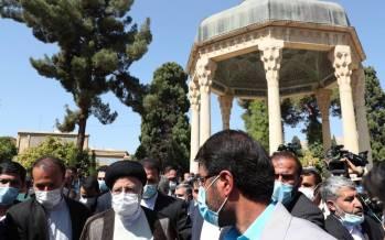 تصاویر حضور آیت الله رئیسی در آرامگاه حافظ شیرازی,تصاویر ابراهیم رئیسی در شیراز,تصاویر ابراهیم رئیسی در آرامگاه حافظ