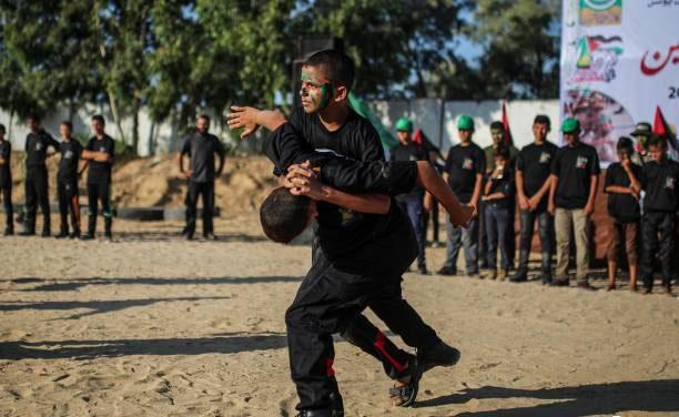 تصاویرآموزش شوالیههای نوجوان درغزه,عکس های اردوگاههای تابستانی شهر خان یونس,تصاویرتشکیلات فرسان فلسطین,