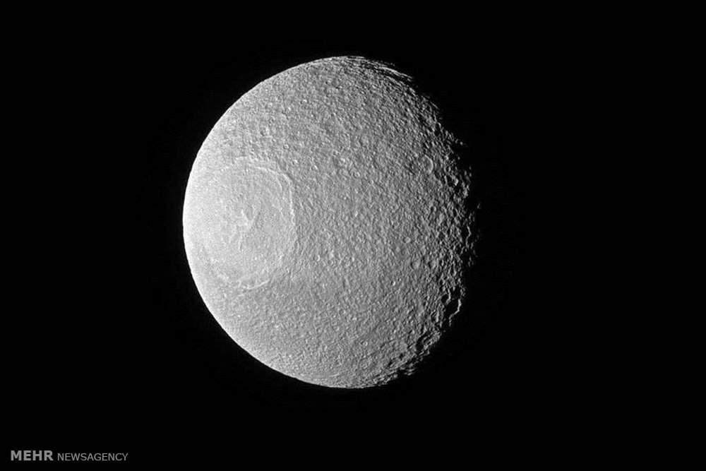 تصاویر نابی از سطح سیاره زحل,عکسهای زیبای زحل توسط کاوشگر کاسینی,عکسهای زیبای سیاره زحل,