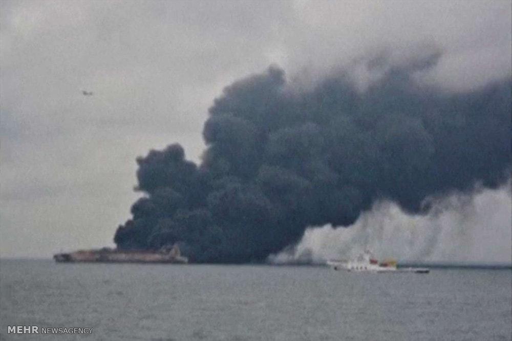 عکس نفتکش ایرانی سانچی,تصاویر نفتکش ایرانی سانچی,عکس اتش سوزی نفتکش ایرانی سانچی
