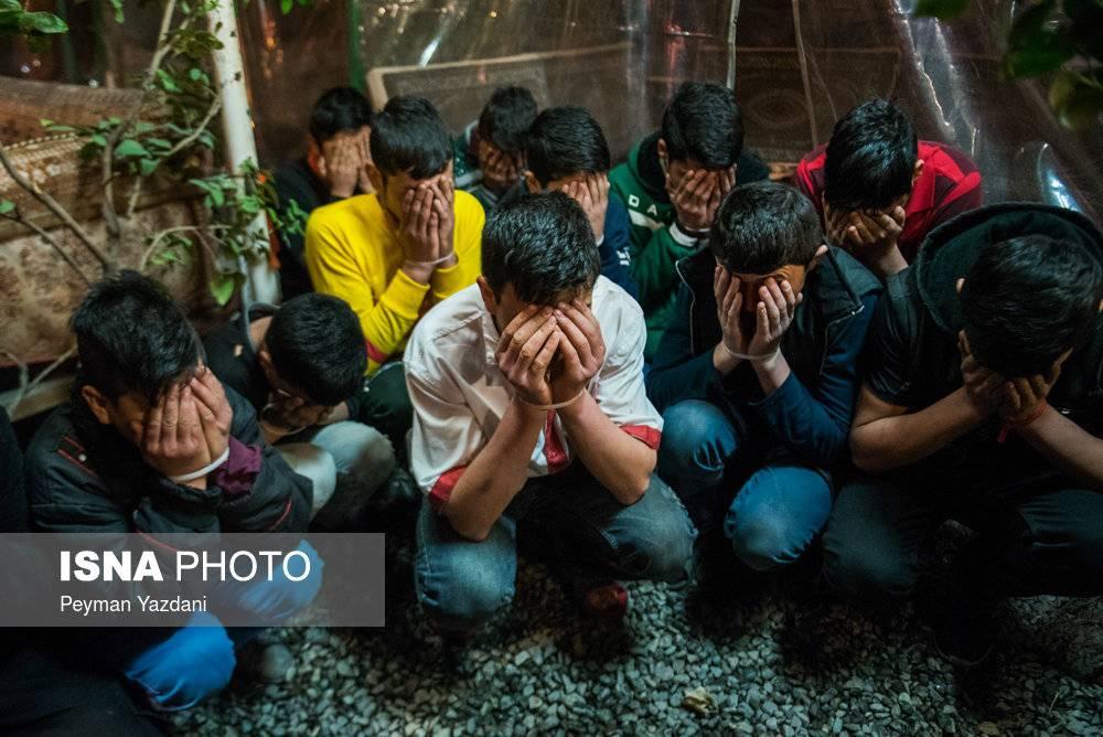 عکس دستگیری ارزل و اوباش در تهران,تصاویر دستگیری ارزل و اوباش در تهران,عکس طرح آرامش و امنیت شبانه تهران