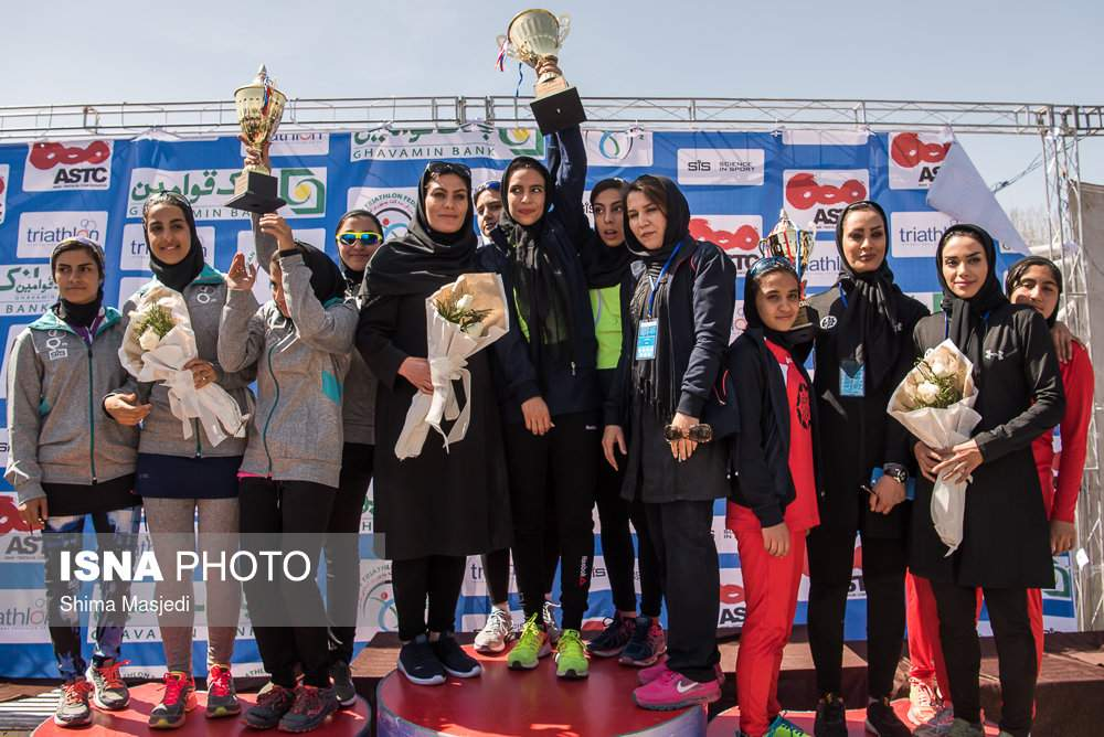 تصاویر مسابقات قهرمانی دوگانه زنان,عکسهای مسابقات قهرمانی دوگانه زنان,عکس های مسابقات دوگانه زنان