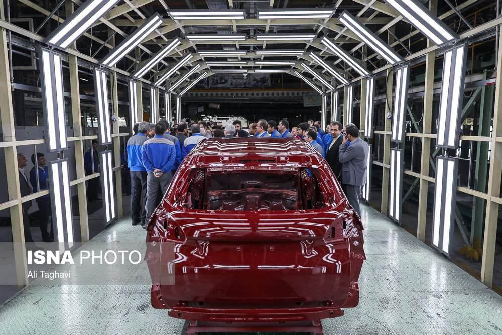 عکس بازدید وزیر صنعت از خط تولید پژو ۳۰۱,تصایربازدید از تولید پژو ۳۰۱,عکس بازدید از تولید پژو ۳۰۱