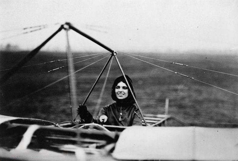 نخستین خلبان زن,اخبار جالب,خبرهای جالب,خواندنی ها و دیدنی ها