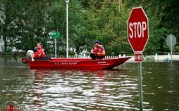 عکس سیل در ایالت کارولینا,تصاویرسیل در ایالت کارولینا,عکس خسارات سیل درسیل در ایالت کارولینا