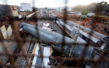 تصاویرخروج قطار از ریل در مراکش,عکسهای سرنگون شدن قطار در مراکش,تصاویرحادثه قطارمراکش