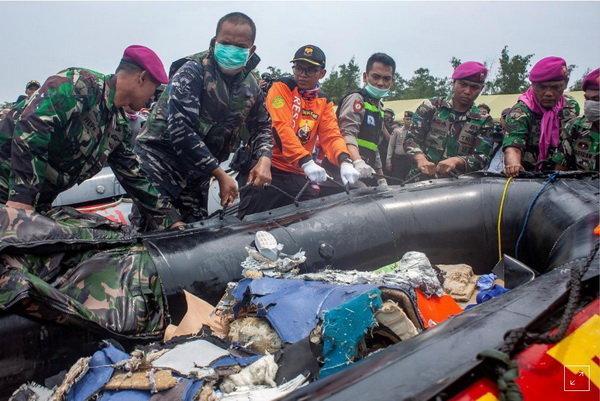 کشف لاشه هواپیمای اندونزی,اخبار حوادث,خبرهای حوادث,حوادث