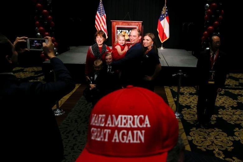 تصاویر رای گیری در آمریکا, عکس های رای گیری انتخابات کنگره آمریکا, تصاویری از حاشیه های انتخابات کنگره آمریکا