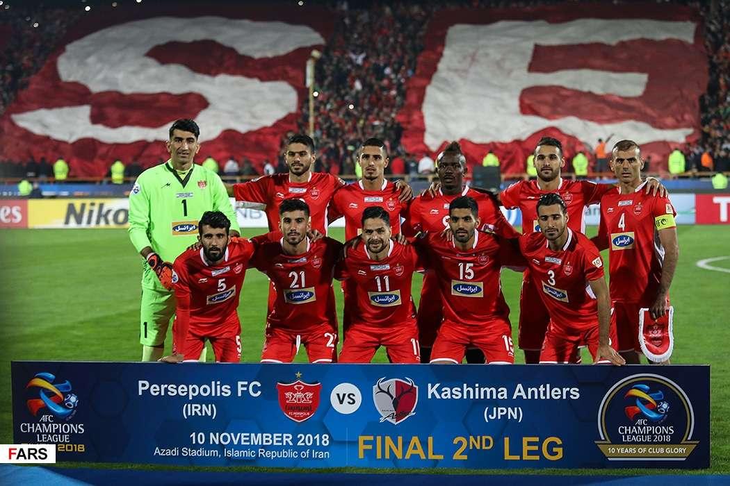 تصاویر دیدار پرسپولیس و کاشیما,عکس های دیدار پرسپولیس و کاشیما,تصاویر اهدای جام به تیم کاشیما