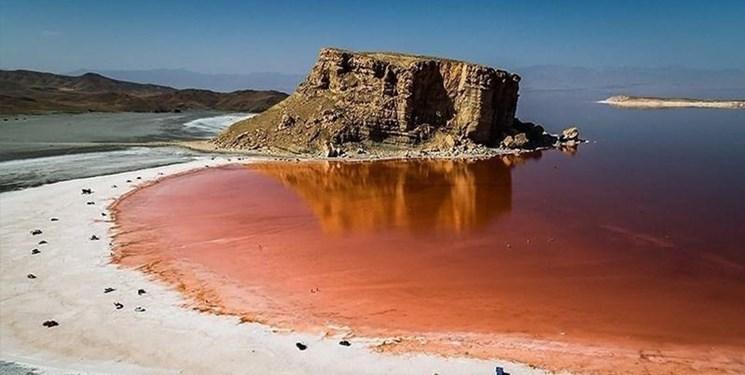 دریاچه ارومیه ۲۵۴ کیلومتر بزرگتر شد