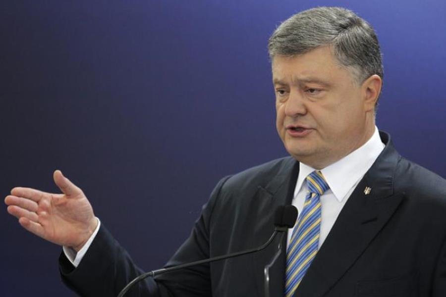 پروشنکو: پوتین از مذاکره با اوکراین پرهیز میکند