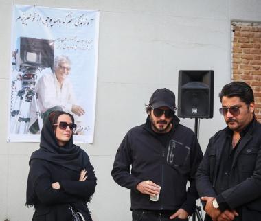 تصاویر مراسم تشییع پیکر فرج اله حیدری,عکس های تشییع جنازه فرج اله حیدری,تصاویر هنرمندان در مراسم تشییع فرج اله حیدری