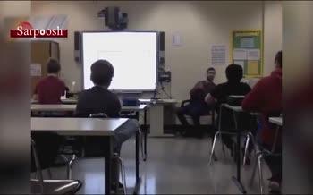 لحظه وقوع زلزله 7 ریشتری در یک مدرسه واقع در آلاسکا