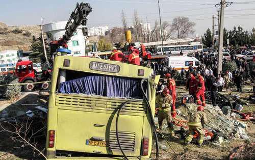 اتوبوس مرگبار دانشگاه آزاد معاینه فنی نداشت/ این وسیله نقلیه ۶ سال پیش از رده خارج شده بود