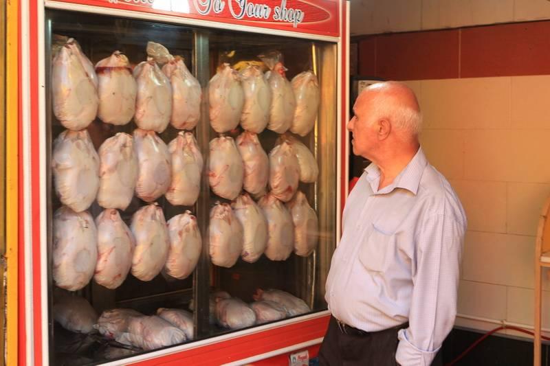 فروش مرغ گرانتر از ۱۰ هزار تومان تخلف است