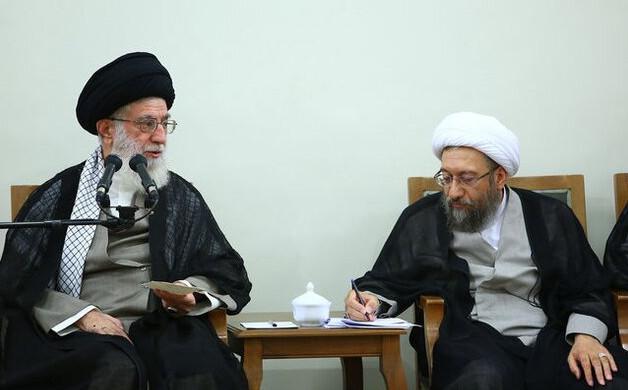 آملی لاریجانی رئیس مجمع تشخیص و عضو فقهای شورای نگهبان شد