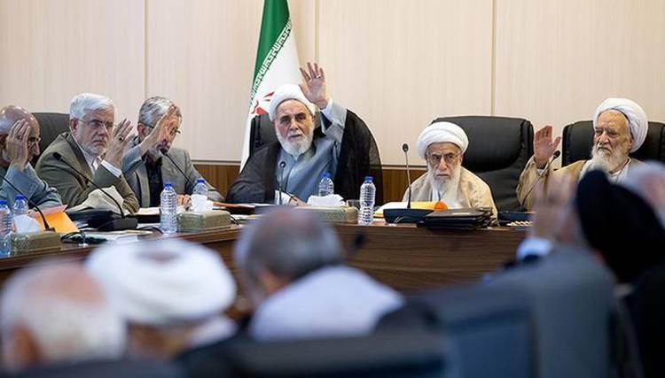 بازی بزرگان برای جانشینی هاشمیها/ گزینههای ریاست مجمع تشخیص مصلحت نظام چه کسانی هستند؟