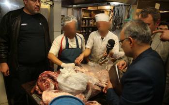 تصاویر گوشت و غذای فاسد در رستورانی لوکس در تهران,عکس های غذای فاسد در رستوران لوکس تهران,عکس های کشف گوشت فاسد در رستورانی در تهران