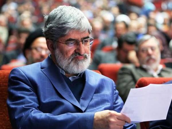 حمله تند کیهان به علی مطهری: بسیار بیجا و غلط کرده که برای امام تعیین تکلیف میکند