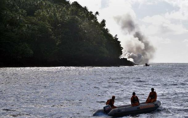 آتشفشان کوه کارانگتانگ در اندونزی,اخبار حوادث,خبرهای حوادث,حوادث طبیعی