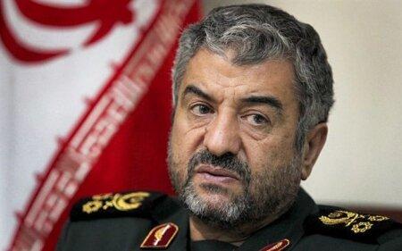 فرمانده کل سپاه به پاکستان هشدار داد