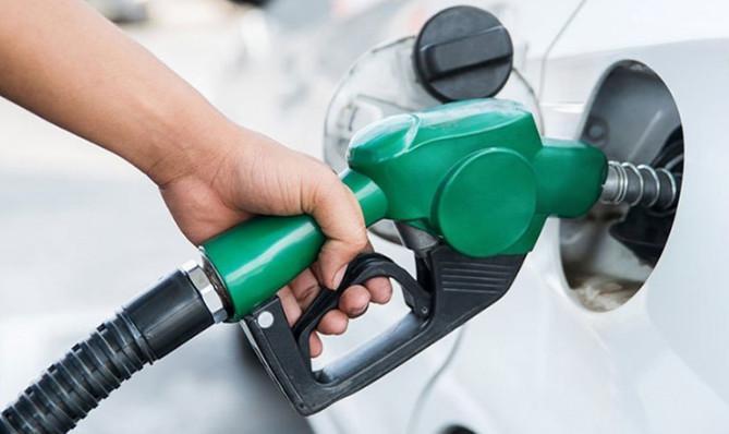 تصمیمی درباره سهمیهبندی بنزین گرفته نشده است