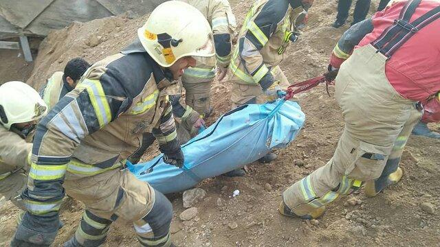 ریزش آوار در زمین گودبرداری شده، قربانی گرفت