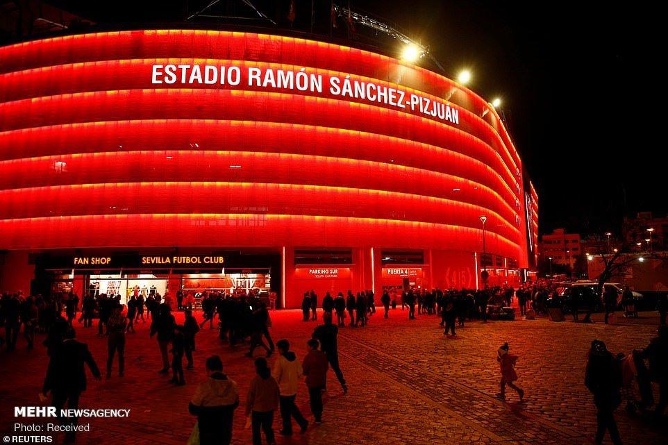 تصاویر مسابقه بارسلونا و سویا,عکس های دیدار باسلونا و سویا,تصاویر دیدنی مسابقه سویا و بارسلونا