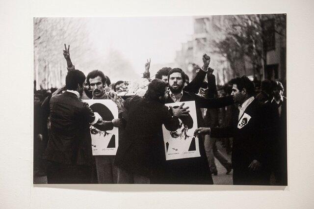 برای ساخت مستند «انقلاب ۵۷، شبکه من و تو» از آرشیو صداوسیما استفاده شده بود؟
