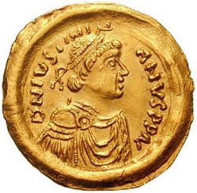 97 12 c35 1545 - زندگی عجیب دیوانهترین پادشاهان تاریخ