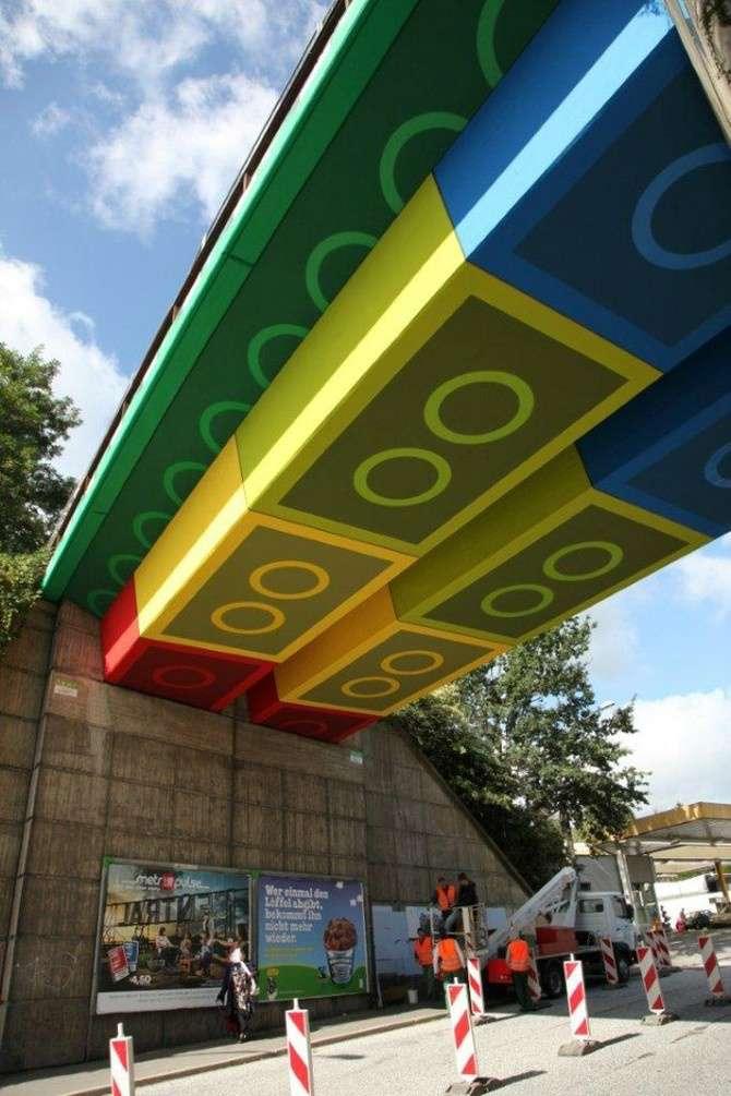 97 12 c35 668 - عجیبترین پلهای دنیا