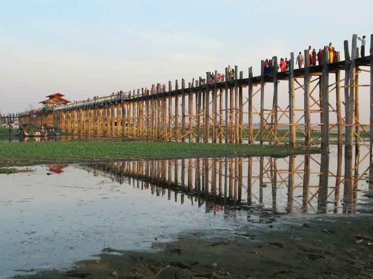 97 12 c35 682 - عجیبترین پلهای دنیا