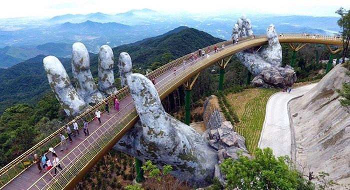 97 12 c35 690 - عجیبترین پلهای دنیا
