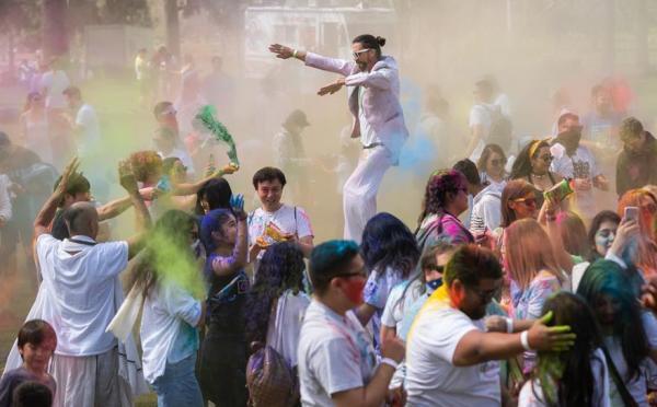 97 12 c36 1271 - جشن رنگ ها در لس آنجلس/ تصاویر