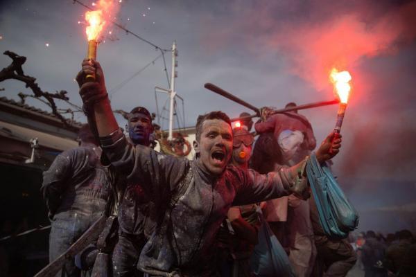 جنگ آرد در یونان,اخبار جالب,خبرهای جالب,خواندنی ها و دیدنی ها