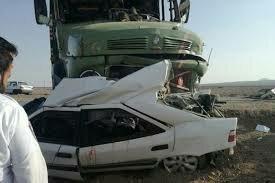 برخورد خودرو با خاور در اتوبان قم کاشان,اخبار حوادث,خبرهای حوادث,حوادث