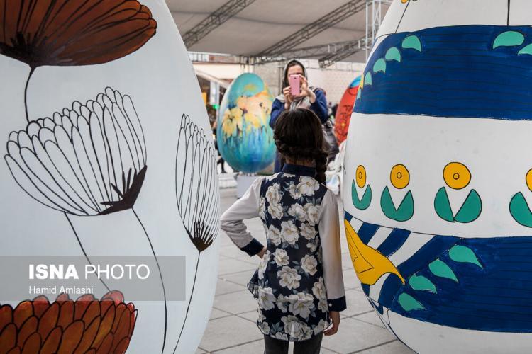 تصاویرجشنواره تخم مرغ رنگی,عکس های جشنواره تخم مرغ رنگی, تصاویر تخم مرغ های رنگی