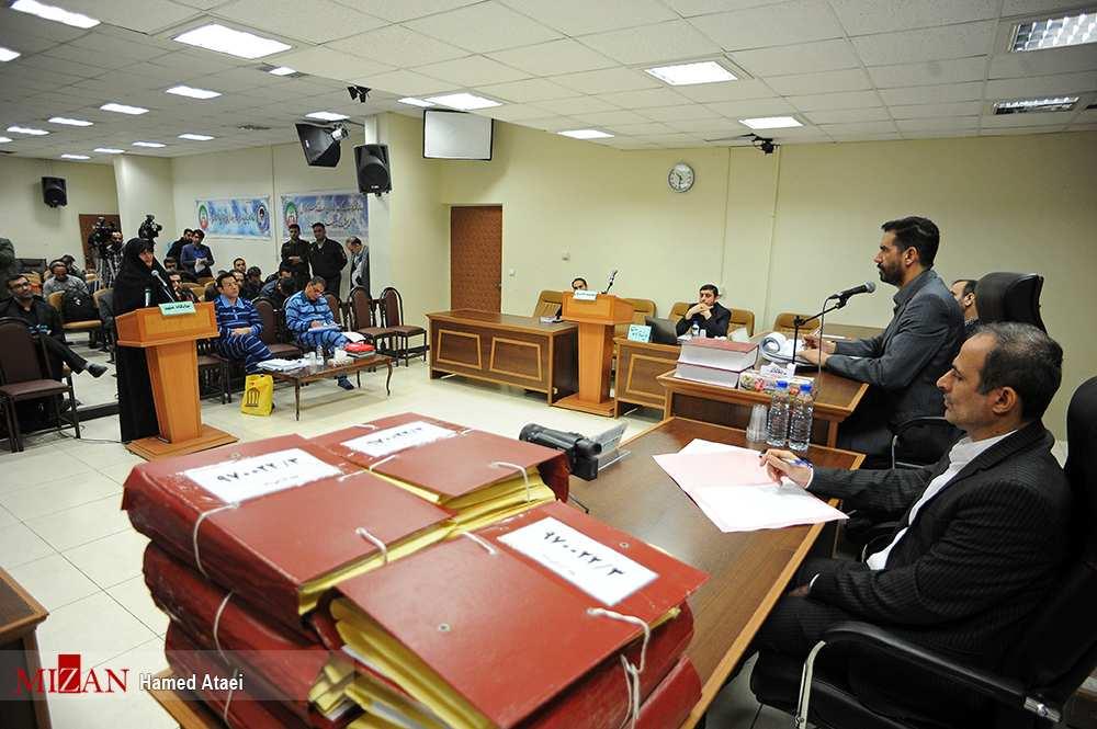 تصاویر سومین دادگاه حسین هدایتی,عکس های سومین دادگاه حسین هدایتی,تصاویر اولین سومین جلسه رسیدگی به اتهامات حسین هدایتی
