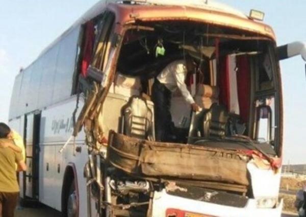 برخورد اتوبوس با تریلر گردنه قرقچی,اخبار حوادث,خبرهای حوادث,حوادث