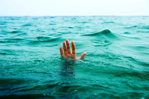 غرق شدن نوجوانی در سیلاب اهواز,اخبار حوادث,خبرهای حوادث,حوادث طبیعی