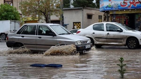 احتمال آبگرفتگی معابر و طغیان مسیلها در گلستان؛ دریای خزر مواج و طوفانی میشود